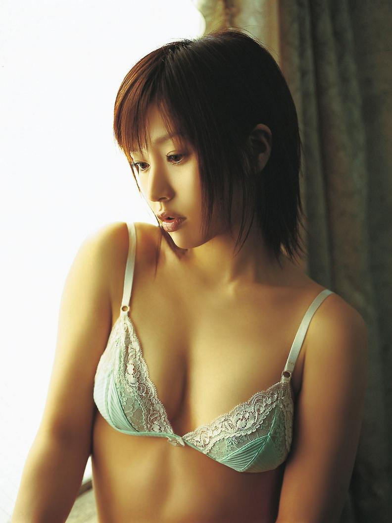 平田弥里アイコラ画像